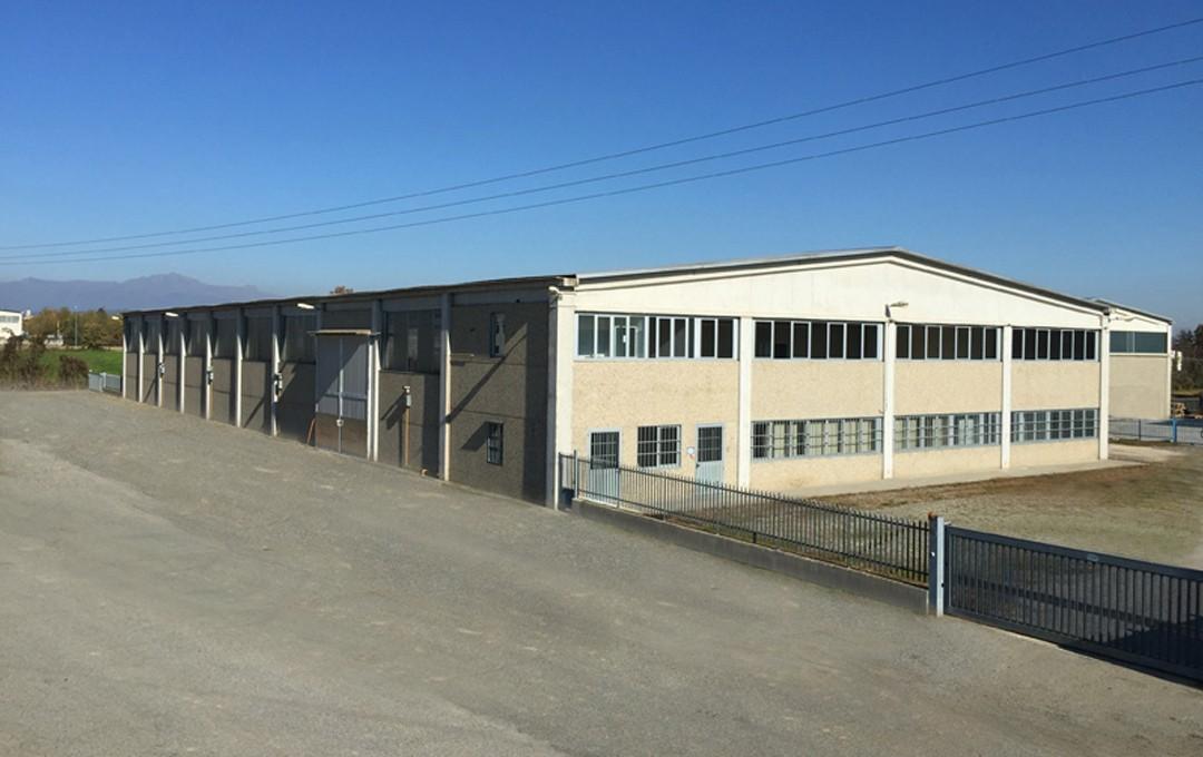Capannone industriale vendita for Capannone di 144 mq